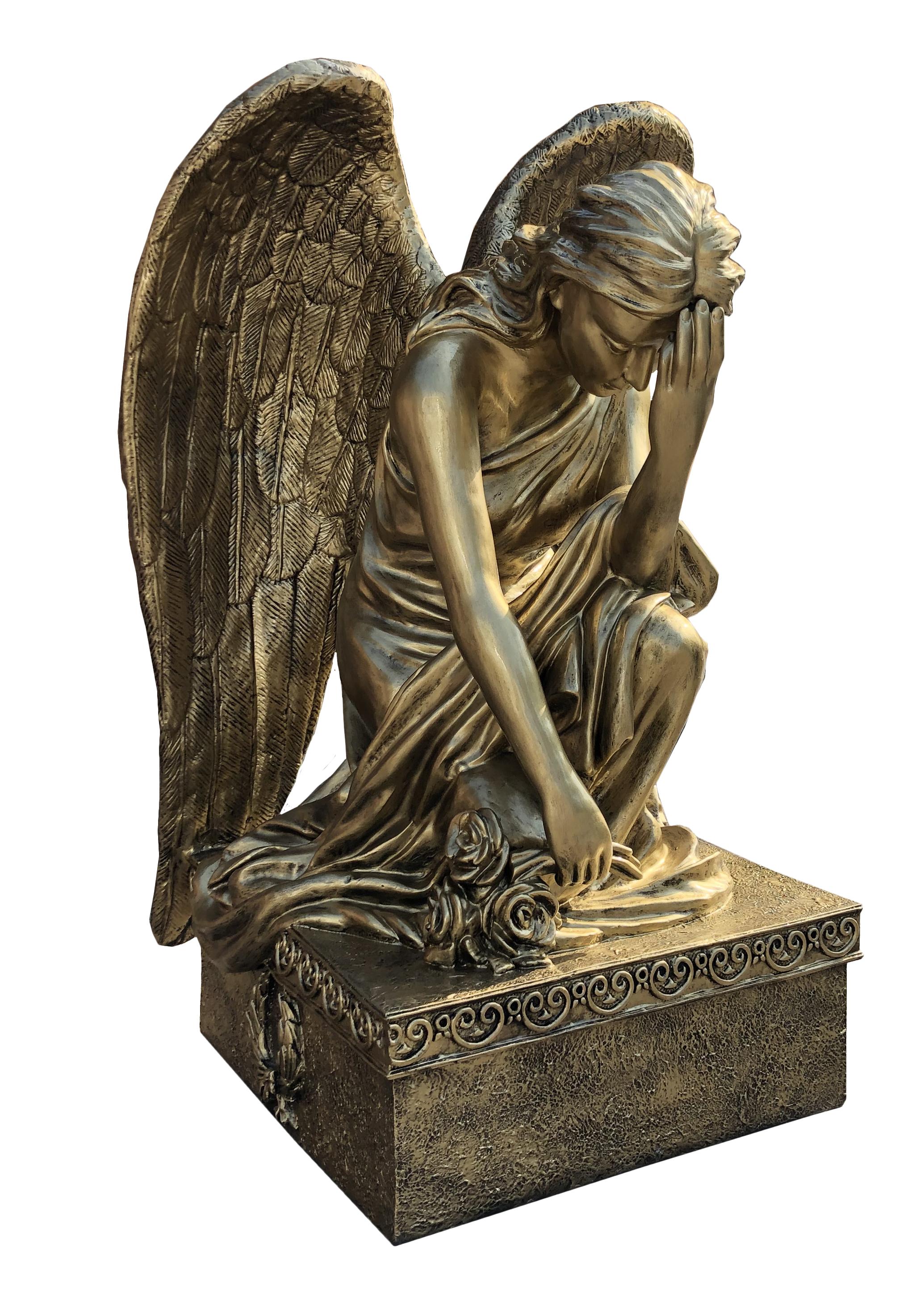 Aniol kleczacy - Figura nagrobna