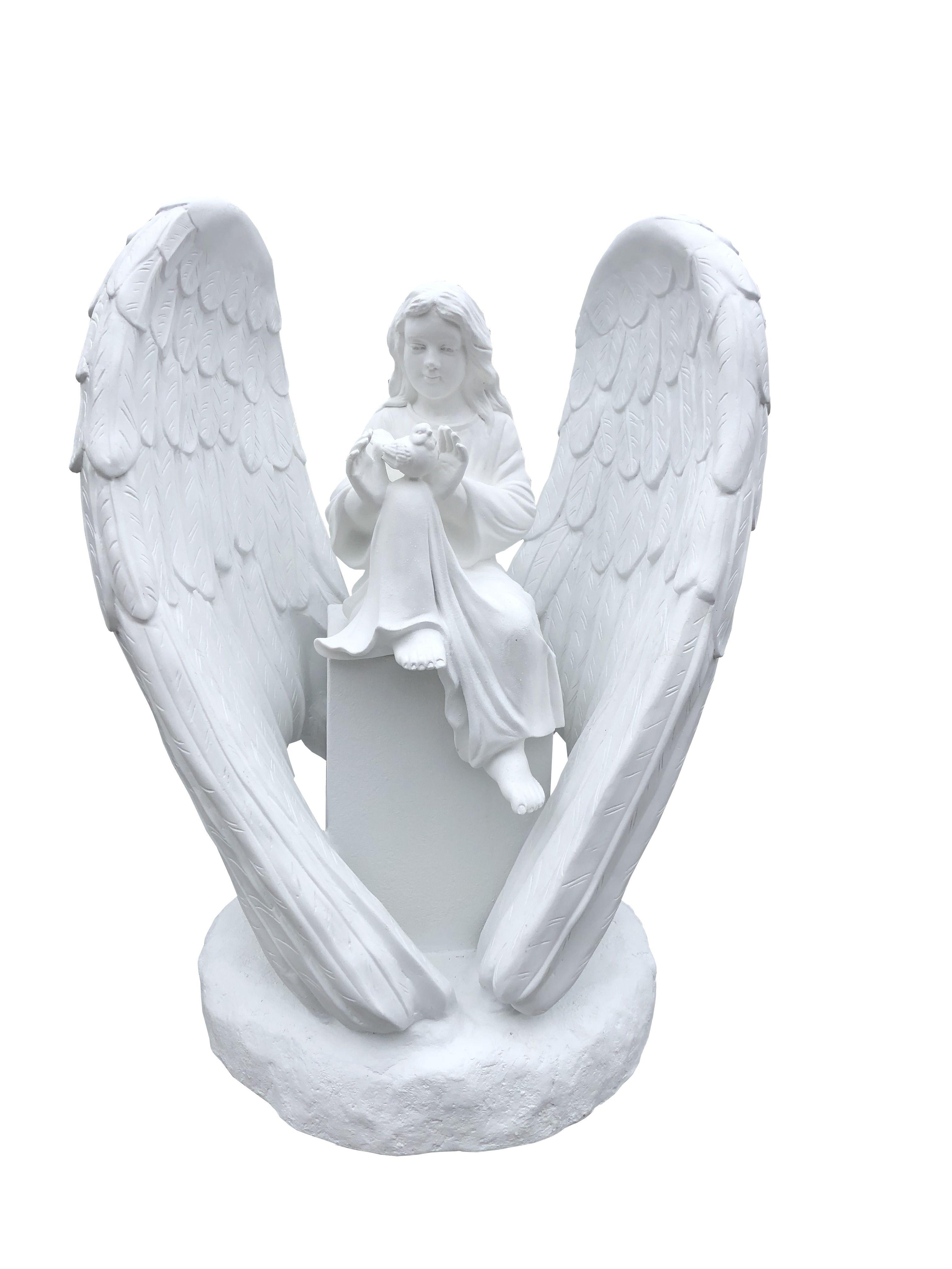 Dziewczynka w skrzydlach - rzezba nagrobna
